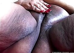 Anabelle slam her pussy with dildo