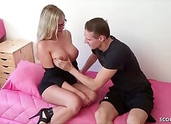 Chaturbate - Rose German Stepsister Covering Her Pussy