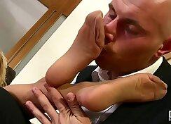 Blonde spex slut fucks her man in stockings