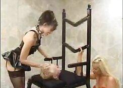 Arianna Marie facesitting her hot girlfriend