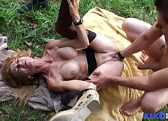 Buxom blonde cougar goes on a sexual hunt for needs of mature beef puss