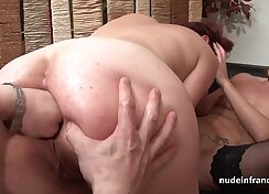 Amazing ass milf gets fucked in FFM threesome