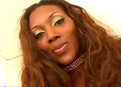 Beautiful white Nyomi Banxxx get her pussy fucked bdsmly